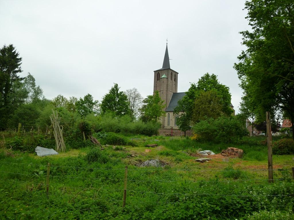 Kerkje in Born