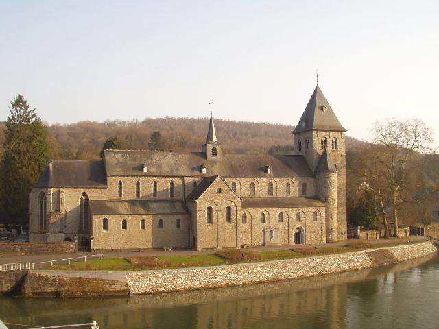 Kerk Hastière
